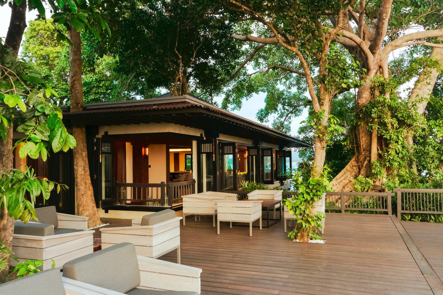 mau quan cafe cay xanh dep hinh that 2 Mẫu thiết kế quán cafe sân vườn đẹp giúp kinh doanh sinh lời giữ chân khách hàng trung thành