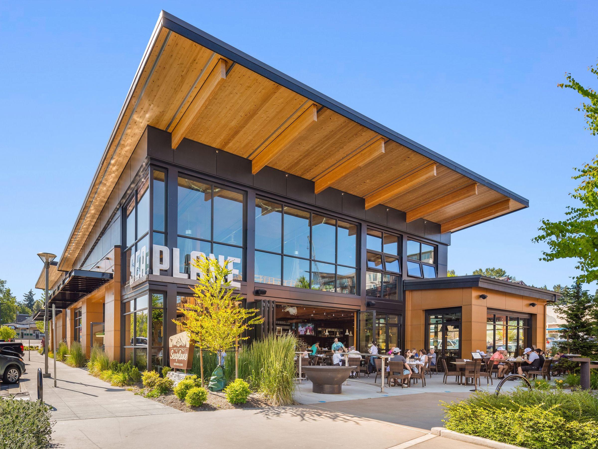 mau quan cafe cay xanh dep hinh that 4 Mẫu thiết kế quán cafe sân vườn đẹp giúp kinh doanh sinh lời giữ chân khách hàng trung thành