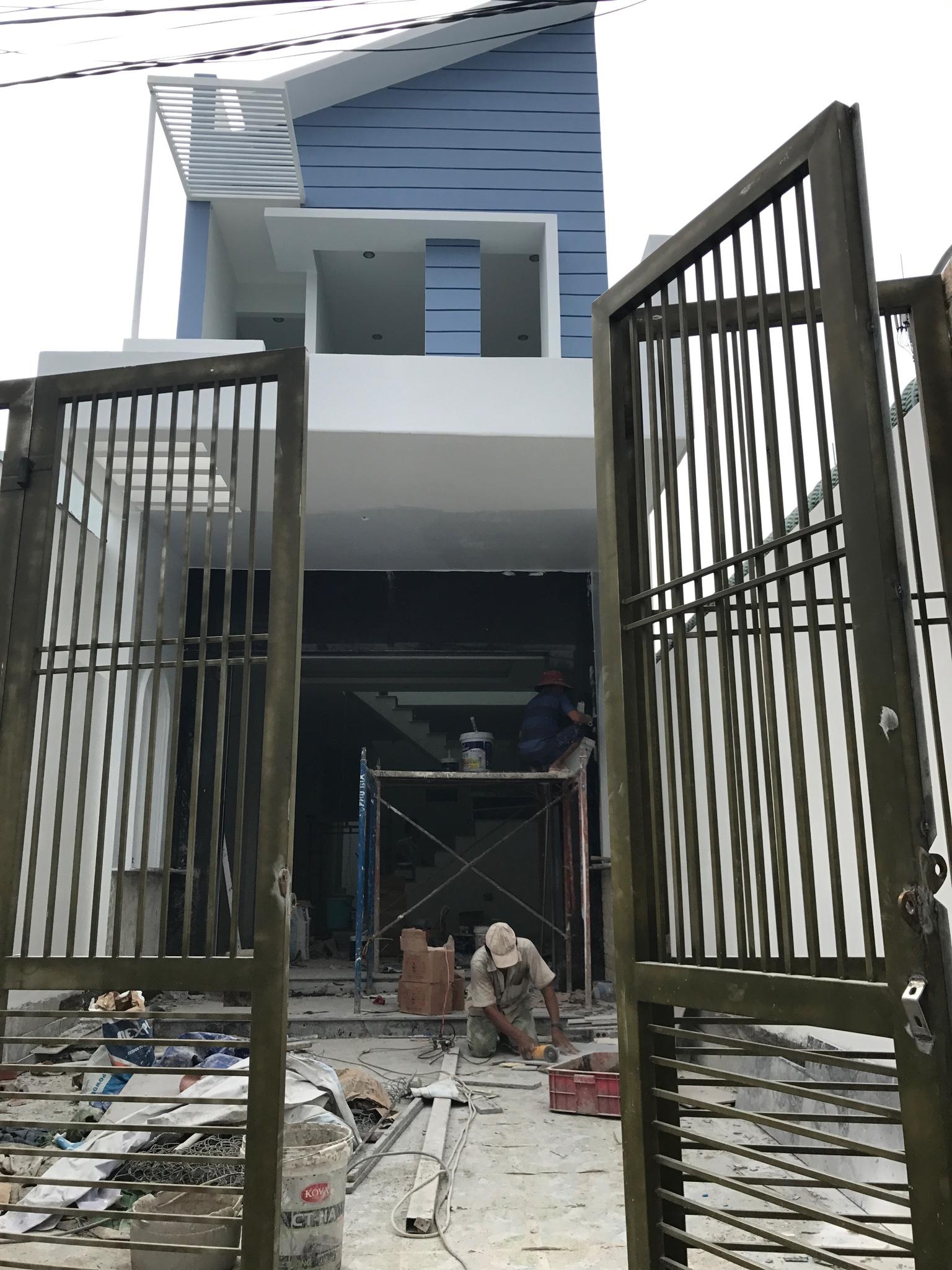 mau nha 2 tang dep thuc te Mẫu nhà 2 tầng mặt tiền 4,2mx24m giải quyết 3 nổi lòng thầm kín cho chủ nhà