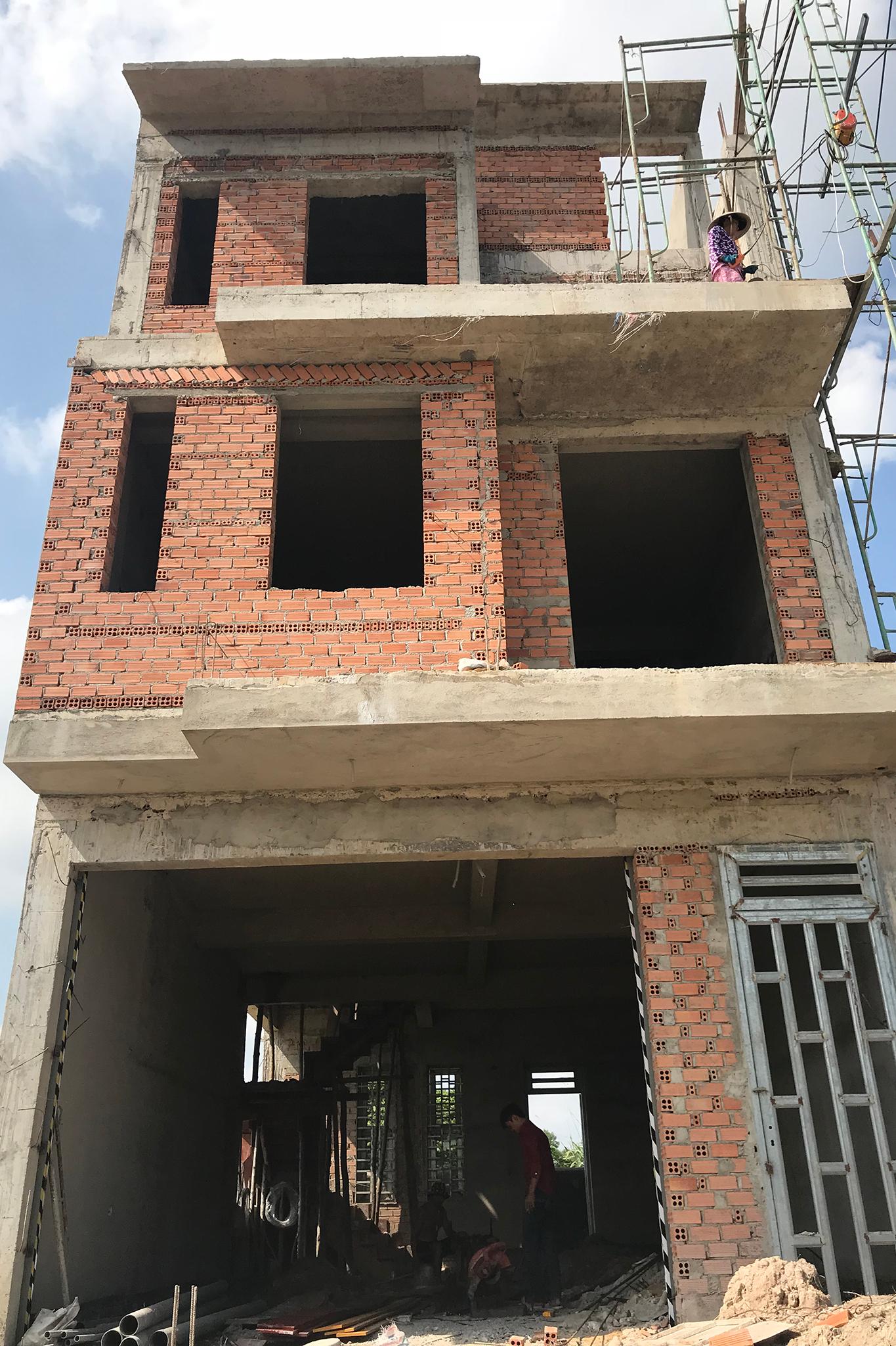 thiet ke xay nha 3 tang o bien hoa 2 Mẫu nhà 3 tầng hiện đại 6,6x17m dùng thủ pháp tối ưu vừa ở vừa kinh doanh ở Biên Hòa