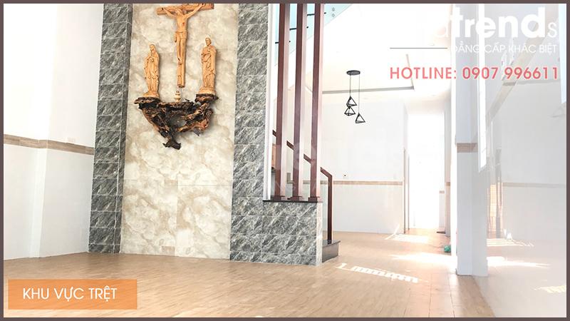 nha 2 tang 86m2 view phong khach [XÂY NHÀ BIÊN HÒA]Mẫu nhà 2 tầng 86m2 ở Hố Nai xây Y Chang Thiết Kế