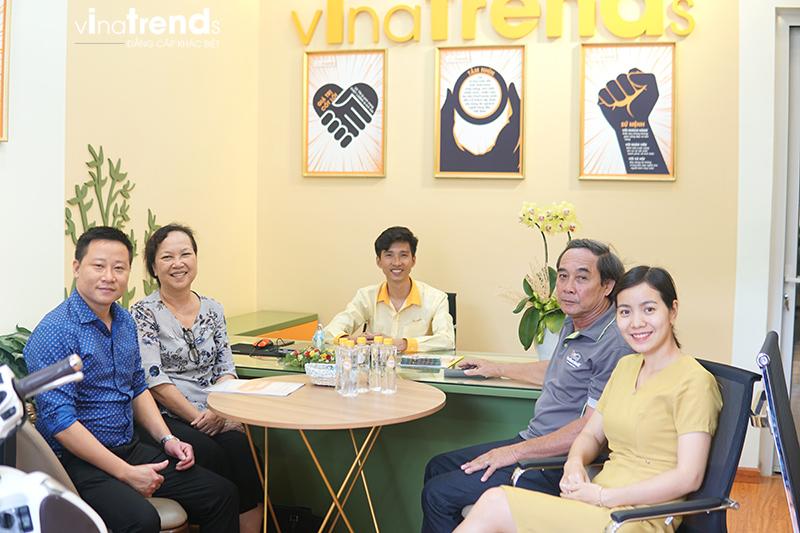 ky hop dong thi cong nha 3 tang 3 Mẫu nhà 3 tầng đẹp hiện đại 6,7x12m có 3 giếng trời cho chủ nhà ưu tiên ánh sáng ở Biên Hòa