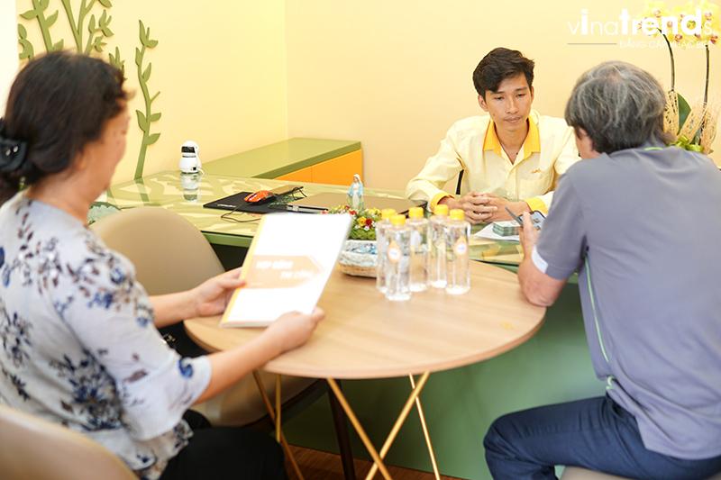 ky hop dong thi cong nha 3 tang Mẫu nhà 3 tầng đẹp hiện đại 6,7x12m có 3 giếng trời cho chủ nhà ưu tiên ánh sáng ở Biên Hòa