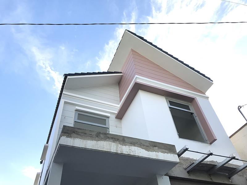 mau nha 2 tang hien dai dep 28 Mẫu nhà 2 tầng 6x12m khiêm tốn về diện tích   Thông Minh về thiết kế của vợ chồng 9X