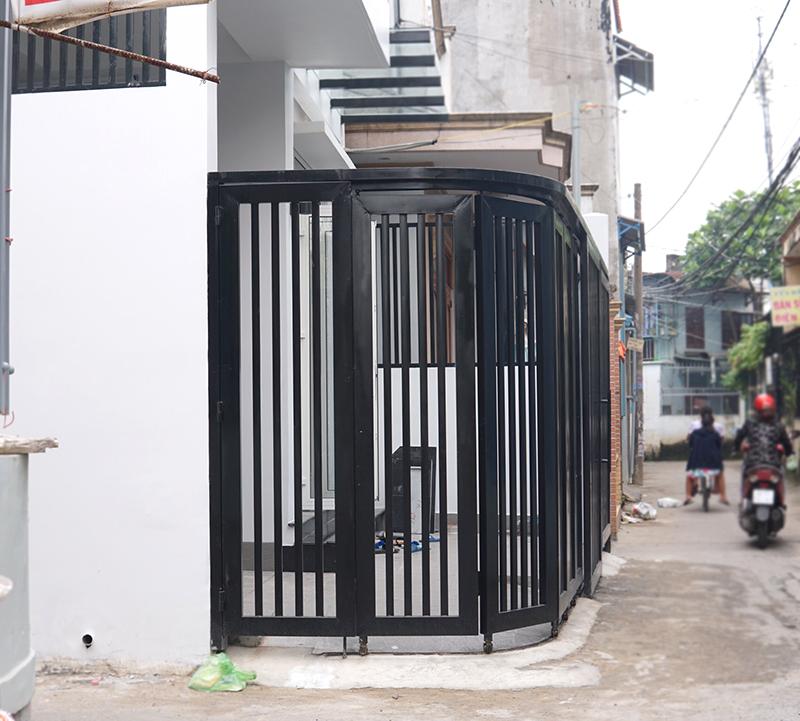 mau nha 2 tang hien dai dep 33 Mẫu nhà 2 tầng 6x12m khiêm tốn về diện tích   Thông Minh về thiết kế của vợ chồng 9X
