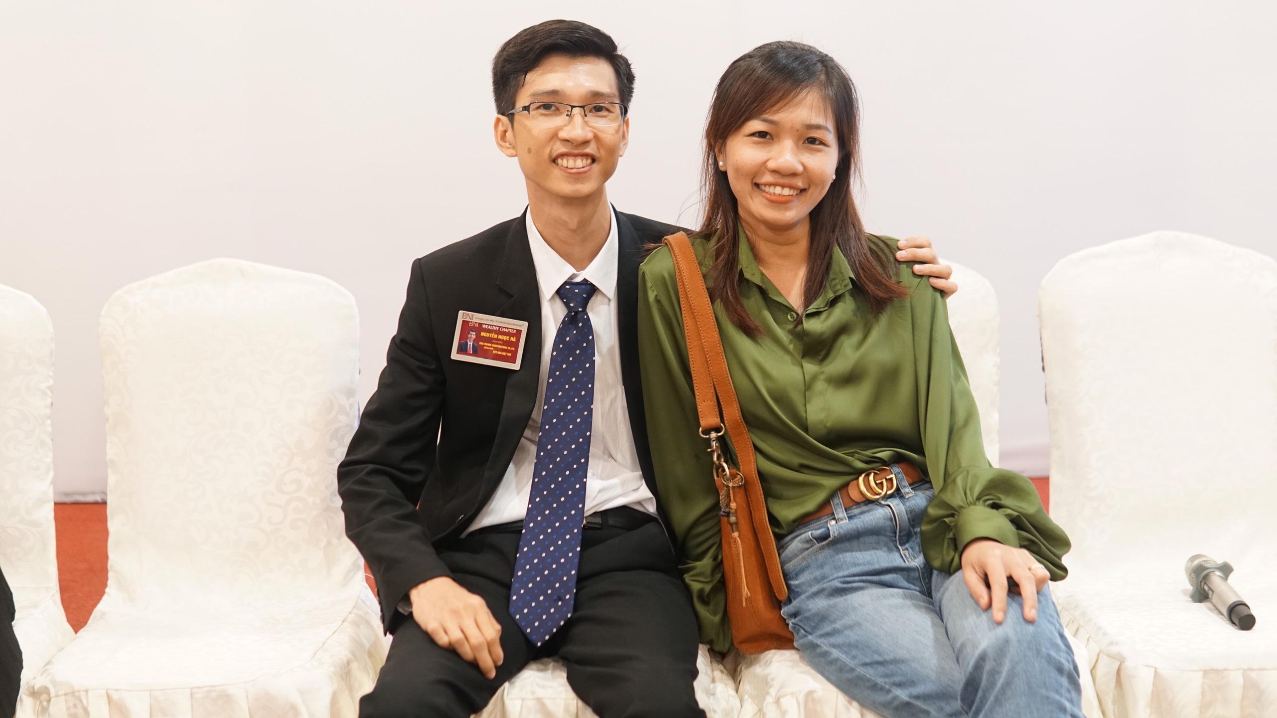 6121b067ef13094d5002 Đồng Nai Cuối Tuần: Chuyện giám đốc ngồi xe lăn