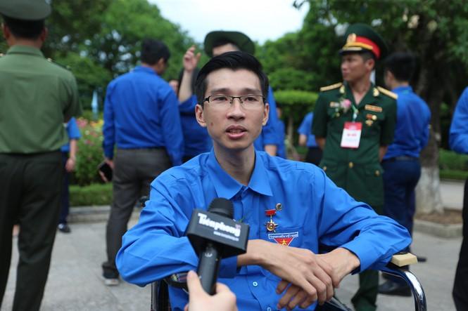 giam doc nguyen ha vinatrends 1 1 Chàng trai tật nguyền và bước chuyển mình thành ông chủ doanh nghiệp nguồn báo Tiền Phong