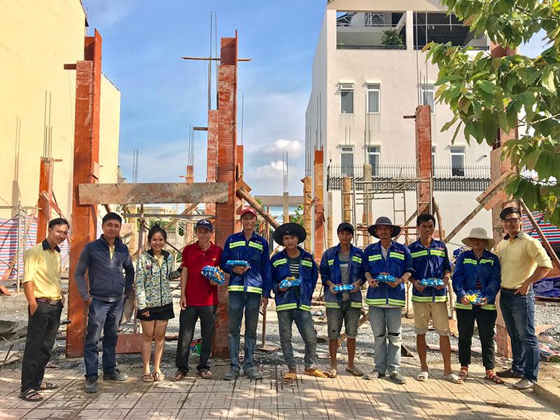qua quoc te thieu nhi vinatrends tang 17 NGÀY YÊU THƯƠNG 1/6 cho con của công nhân ở các công trình VinaTrends