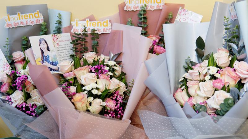 vinatrends tang qua 20 10 cho nhan vien va khach hang 14 VinaTrends mừng ngày Phụ nữ Việt Nam 20/10 cho nhân viên nữ và vợ nhân viên