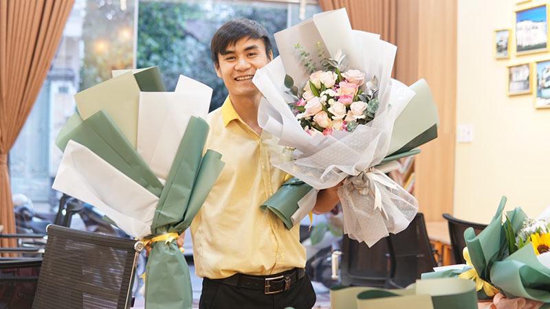 vinatrends tang qua 20 10 cho nhan vien va khach hang 15 VinaTrends mừng ngày Phụ nữ Việt Nam 20/10 cho nhân viên nữ và vợ nhân viên