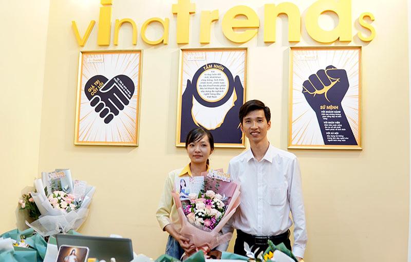 vinatrends tang qua 20 10 cho nhan vien va khach hang 3 VinaTrends mừng ngày Phụ nữ Việt Nam 20/10 cho nhân viên nữ và vợ nhân viên
