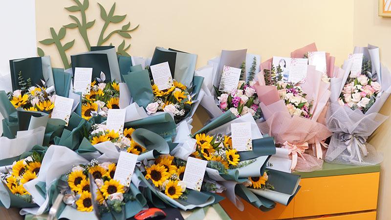 vinatrends tang qua 20 10 cho nhan vien va khach hang 4 VinaTrends mừng ngày Phụ nữ Việt Nam 20/10 cho nhân viên nữ và vợ nhân viên