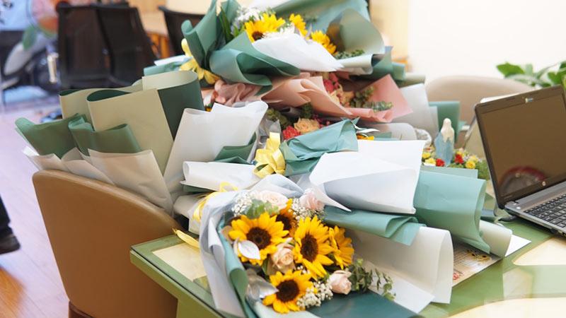 vinatrends tang qua 20 10 cho nhan vien va khach hang 9 VinaTrends mừng ngày Phụ nữ Việt Nam 20/10 cho nhân viên nữ và vợ nhân viên