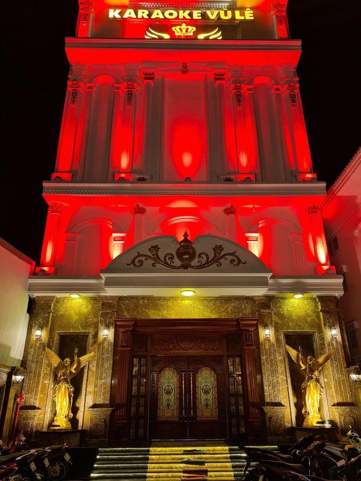 thiet ke nha karaoke co dien vip nhat 1 Thiết kế mẫu nhà biệt thự 6 tầng Karaoke Vip Vũ Lê  khủng bậc nhất Biên Hòa
