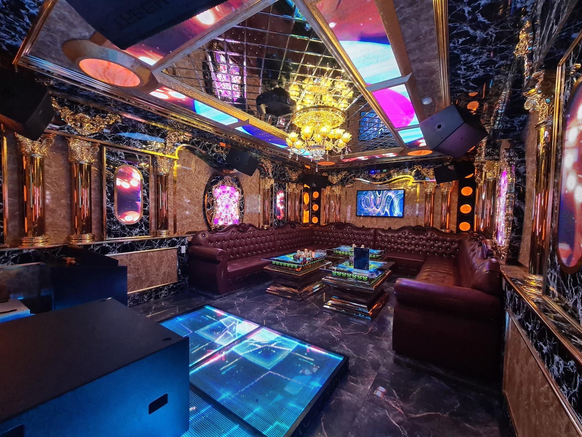 thiet ke phong karaoke co dien dep nhat viet nam 2 Tư vấn thiết kế phòng karaoke đẹp Biên Hòa VIP âm thanh cực đỉnh nhất hiện nay